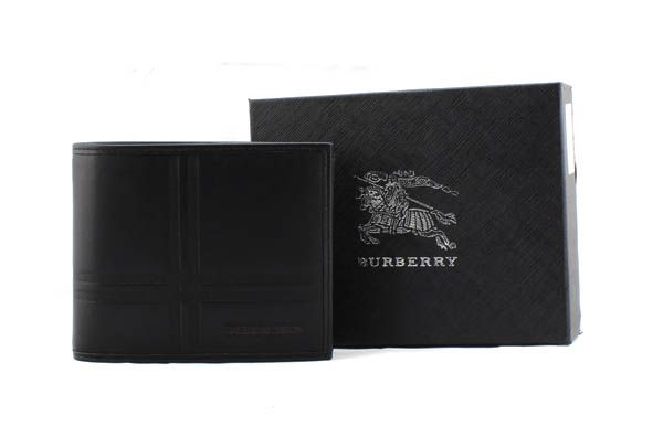 ví nam burberry, Ví nam Burberry có gì đặc biệt?
