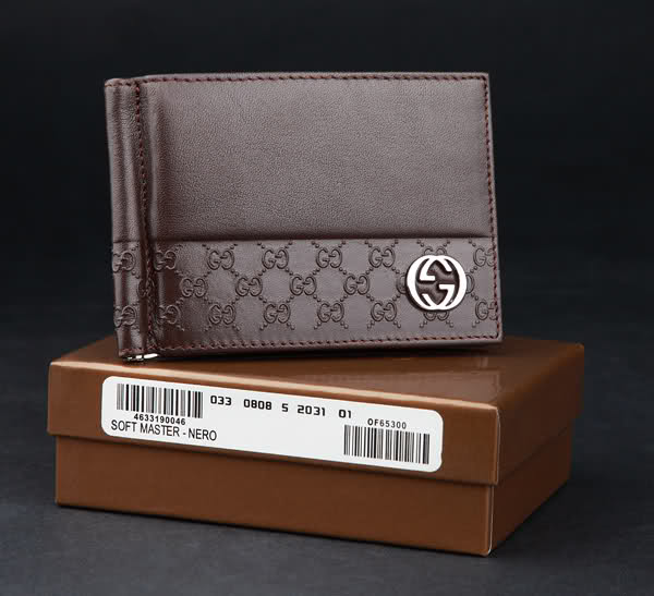 mua ví nam, Kinh nghiệm mua ví nam của quý ông sành điệu