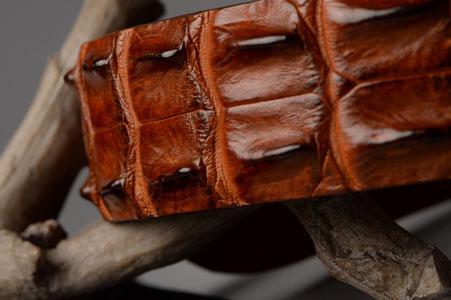 dây nịt da cá sấu nam, Cách phân biệt dây nịt da cá sấu nam thật – giả