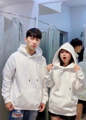 """hoodie, Áo Hoodie là gì? Cách phối đồ với áo khoác Hoodie """"Chất lừ"""""""