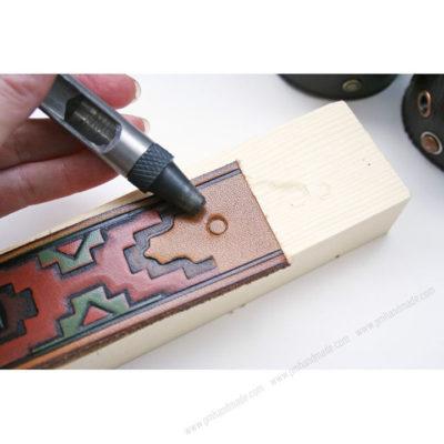đục lỗ dây da đồng hồ, Đục lỗ dây da đồng hồ không khó – Cách tự làm dây da đồng hồ tại nhà