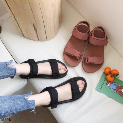 sandal nữ, Tuyệt chiêu chọn giày sandal nữ SIÊU DỄ phù hợp với mọi cô nàng