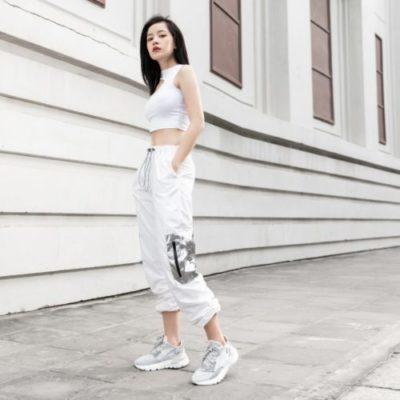 quần jogger nữ, Cách phối đồ với quần jogger nữ giúp phái đẹp thêm năng động