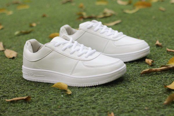 giày trắng đẹp, Tổng hợp 5 mẫu giày trắng đẹp dành cho các chàng trai năng động