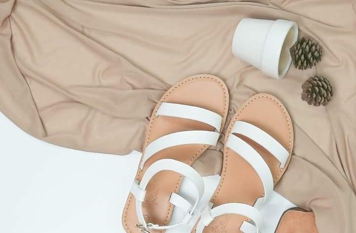 giày xăng đan nữ, Mách bạn Top 5 địa chỉ bán giày xăng đan nữ cực xinh cho những ngày mưa