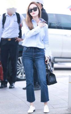 quần jean ống loe phối với áo gì