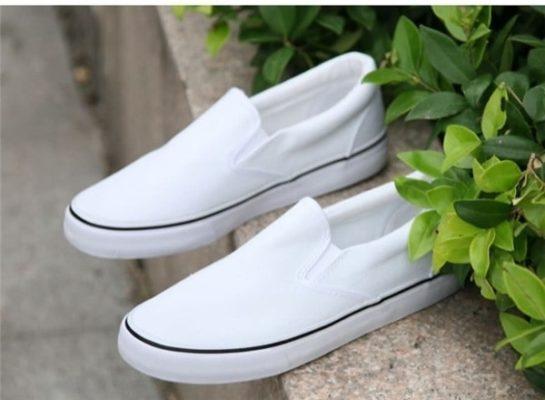 giày lười vải, Mách nhỏ bí quyết chọn và vệ sinh giày lười vải đúng cách cho các chàng