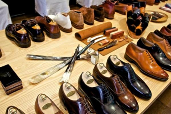 shop giày nam tphcm, Các quý ông đừng bỏ qua 6 Shop giày nam TPHCM cực chất này