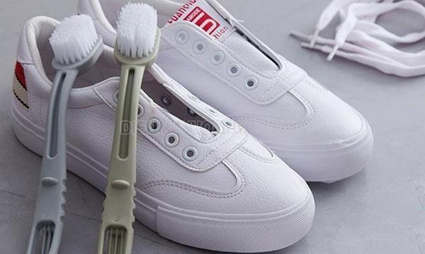 vệ sinh giày sneaker