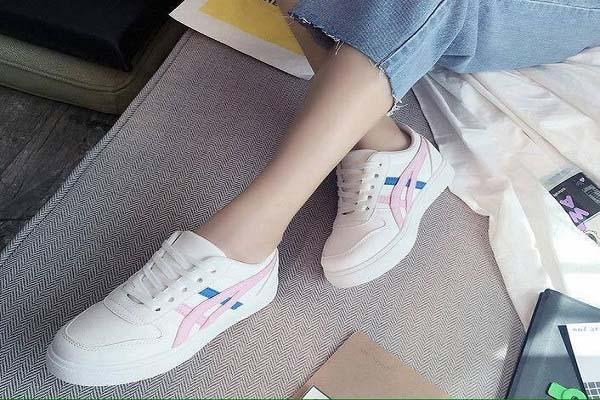 giày thể thao nữ giá rẻ 100k, 10 shop bán giày thể thao nữ giá rẻ 100k tại TPHCM bạn đã biết chưa?