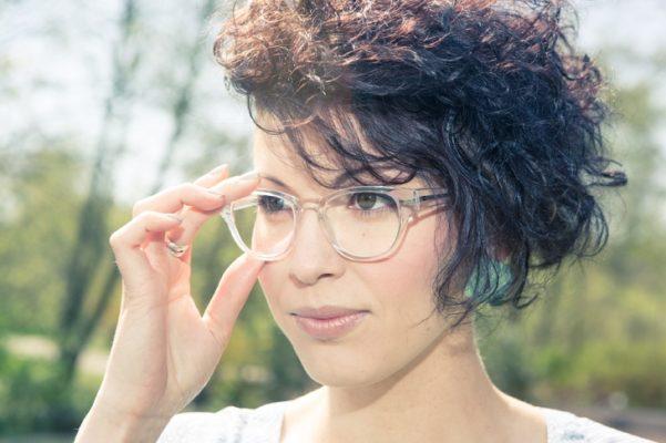 gọng kính cận nữ đẹp 2020, Nhìn lại những mẫu gọng kính cận nữ đẹp 2020 làm nên XU HƯỚNG
