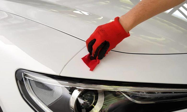 cách đánh bóng ô tô, Cách đánh bóng ô tô của bạn bằng tay hoặc bằng đệm