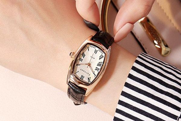 đồng hồ nữ cao cấp tại hà nội