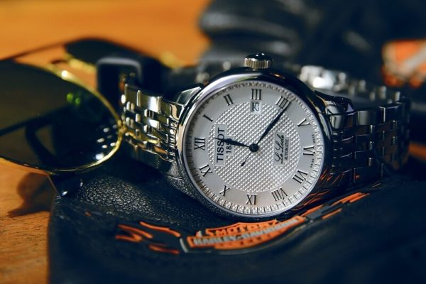 đồng hồ đẹp cho nam